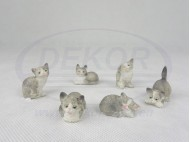 1081 Animal Figurines